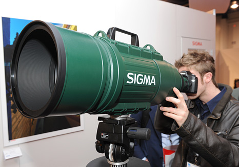 Sigma APO 200-500mm F 2,8 400/1000 F 5,6 zoom lens 0401_sigma-ultra-telephoto-zoom-lens